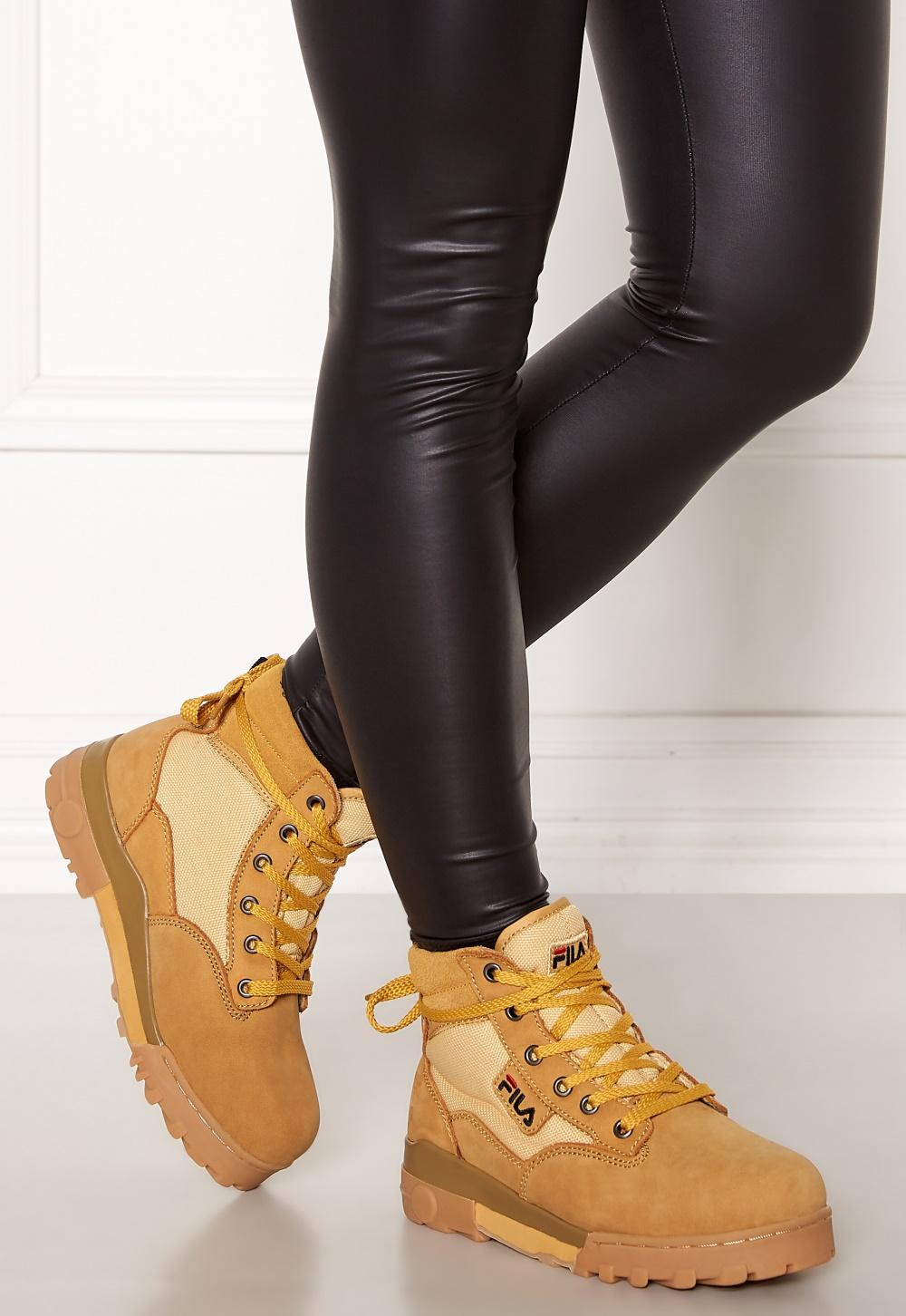 96e022b3390 FILA Grunge Mid Wmn Boots Chipmunk - Bubbleroom