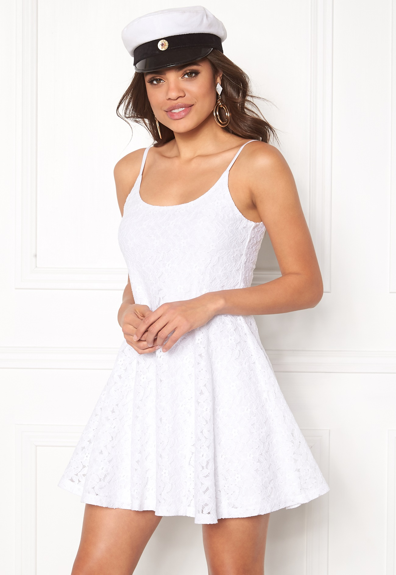 Model behaviour nova dress white bubbleroom - Modele dressing ...