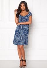 Happy Holly Tessan dress Medium blue / Paisley Bubbleroom.eu