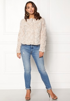 VERO MODA Curl Short Fake Fur Jacket Oatmeal Bubbleroom.eu