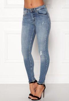 ONLY Blush Mid Raw Jeans Light Blue Denim Bubbleroom.eu