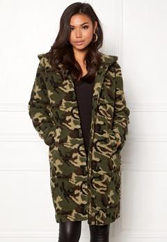 77thFLEA Claire teddy jacket Camouflage Bubbleroom.eu