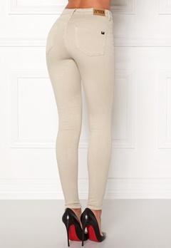 77thFLEA Miranda Push-up jeans  Bubbleroom.eu