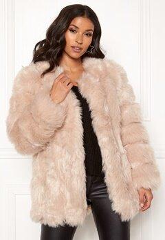 AMO Couture Renaissance Faux Fur Coat Soft Beige Bubbleroom.eu