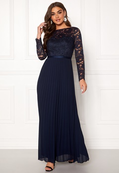 Chi Chi London Anneta Lace Maxi Dress Navy Bubbleroom.eu