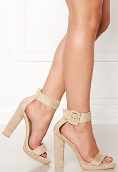 AX Paris Chunky Heel Sandals Cream Bubbleroom.eu