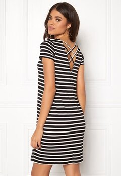 ONLY Bera Back Lace S/S Dress Black Stripes Bubbleroom.eu