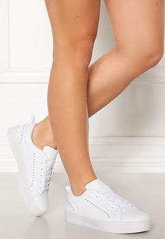Bianco Birka Studs Sneakers 800 White Bubbleroom.eu