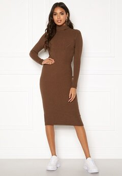 Blue Vanilla Rib Knit Midi Dress Chocolate Bubbleroom.eu