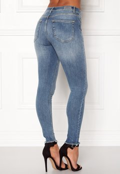 ONLY Blush Mid Raw Jeans Light Blue Denim Bubbleroom.eu