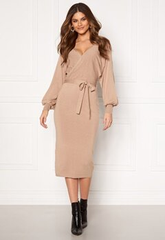BUBBLEROOM Hannie knitted midi dress Light beige Bubbleroom.eu