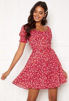 BUBBLEROOM Violie puff sleeve dress Red / White / Floral Bubbleroom.eu