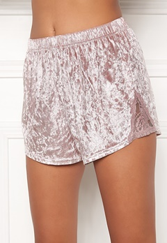 BUBBLEROOM Wilda velvet shorts Dusty pink Bubbleroom.eu