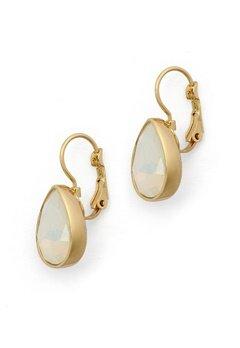 BY JOLIMA Tear Drop Earring Milky White Gold Bubbleroom.eu
