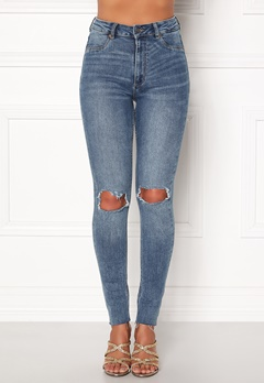 CHEAP MONDAY High Spray Cut Off Jeans Blue Bubbleroom.eu