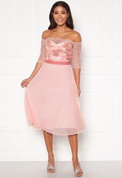 Chi Chi London Selda Bardot Midi Dress Pink Bubbleroom.eu