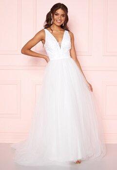 Chi Chi London Tremaine Lace Dress White Bubbleroom.eu