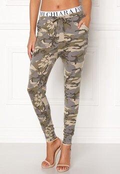 Chiara Forthi Cadenza camo pants Camouflage Bubbleroom.eu