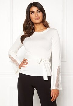 Chiara Forthi Caprice knitted pearl sweater Winter white Bubbleroom.eu