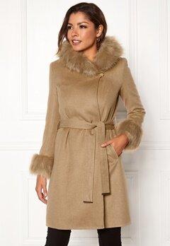 Chiara Forthi Monterosso Fur Coat Camel Bubbleroom.eu