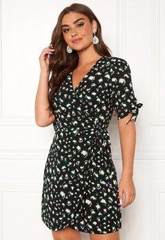 DRY LAKE Shimmer Dress 863 Green Leo Print Bubbleroom.eu