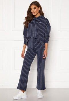 FILA Sanne Cropped Pants 170 Black Iris Bubbleroom.eu