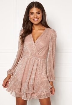 FOREVER NEW Sonita Plisse Skater Dress Blush Bubbleroom.eu