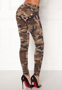 FREDDY Skinny Shaping Lw Legging M95M Camouflage Bubbleroom.eu