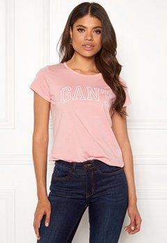 GANT Arch Logo T-shirt 614 Preppy Pink Bubbleroom.eu