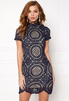 Girl In Mind Lace Dress Navy Bubbleroom.eu