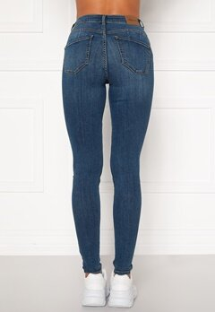 Happy Holly Amy push up jeans Medium denim Bubbleroom.eu