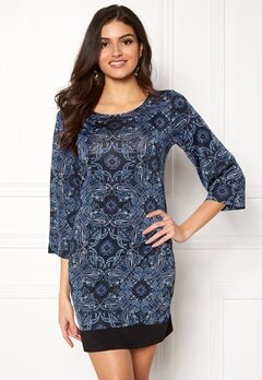 Happy Holly Belicia dress Black / Blue Bubbleroom.eu