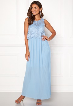 Happy Holly Blanche occasion maxi dress Light blue Bubbleroom.eu