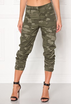 Happy Holly Lottie baggy pants Camouflage Bubbleroom.eu
