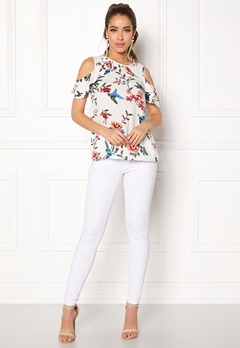 Happy Holly Maddy top Offwhite / Patterned Bubbleroom.eu