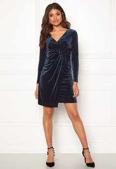 Happy Holly Savannah velvet dress Dark blue Bubbleroom.eu