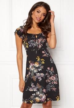 Happy Holly Tessan dress Black / Patterned Bubbleroom.eu