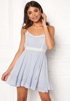 Ida Sjöstedt Alisha Dress Light Blue Bubbleroom.eu
