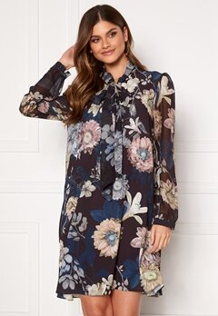 Ida Sjöstedt Shirley Dress Maxi Florals Bubbleroom.eu