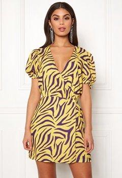 Ivyrevel Puff Sleeve Overlap Dress Purple/Yellow Bubbleroom.eu