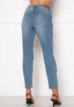 Jacqueline de Yong Newtyson Girlfriend Jeans Light Blue Denim Bubbleroom.eu