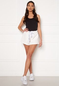 KENDALL + KYLIE K&K Active Inside Out Shorts White Bubbleroom.eu