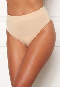 MAGIC Bodyfashion Comfort Thong Skin Bubbleroom.eu