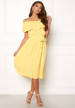 Make Way Jaqline offshoulder dress Light yellow Bubbleroom.eu