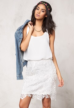 Model Behaviour Emma Dress White Bubbleroom.eu