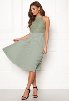 Moments New York Casia Pleated Dress Dusty green Bubbleroom.eu