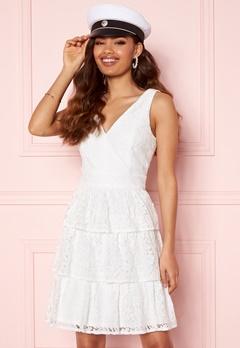 Moments New York Lemonie Lace Dress White Bubbleroom.eu