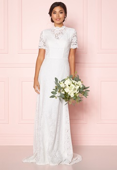 Moments New York Magnolia Wedding Gown Offwhite Bubbleroom.eu