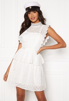 Moments New York Olivia Crochet Dress White Bubbleroom.eu