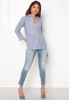 NÜMPH Charmayne Shirt Striped Blue Bubbleroom.eu